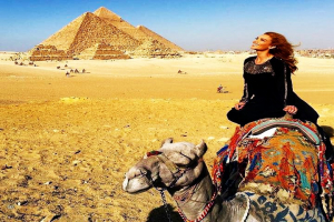 Private Experienced Tour for camel ride during the sunset