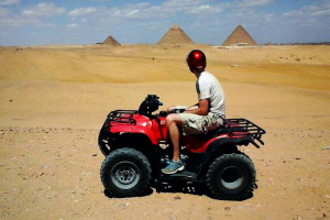 Giza Pyramids with 90 Minute Quad included